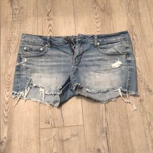 American Eagle Jean Shorts Size 14